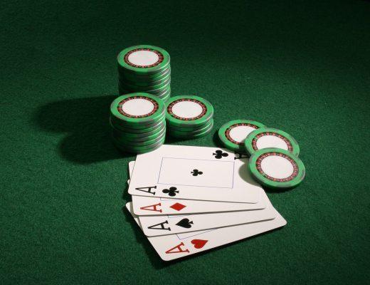axes 5005087 1280 520x400 - PayPal Pokeri